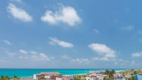 Zeitspanne Ansicht über Carribian-Seestrand stock video