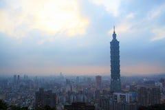Zeitspanne der Ansicht von Taipeh, Taiwan Abend stock video footage