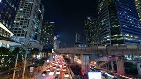 Zeitspanne der Bangkok-Stadtnachtansicht mit Hauptverkehr stock video footage