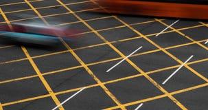 Zeitspanne der beschäftigten Schnellstraße mit Verkehr in Hong Kong stock video