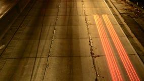 Zeitspanne des Autobahn-Verkehrs nachts in Los Angeles Kalifornien stock video