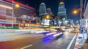 Zeitspanne des Bangkok-Nachtlicht-Stadtzentrum-Verkehrsstraßenpanoramas 4k Thailand stock video