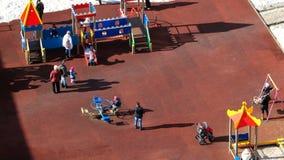 Zeitspanne des Kinderspielplatzes stock footage