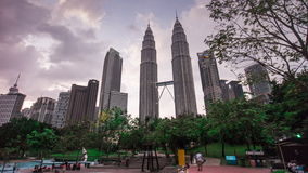 Zeitspanne-Kuala- Lumpurmalaisia des KLCC-Parkpetronas-Twin Tower-Tagespanoramas 4k