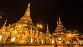Zeitspanne schöne goldene Shwedagon-Pagode von Rangun Myanmar stock video