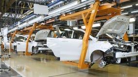 Zeitspanne von Autos auf Förderer stock video footage