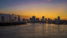 Zeitspannenacht an veiw Ho Chi Minh Citys (Sai Gon) von Thu Thiem-Brücke stock video