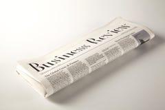 Zeitung auf festem Boden Stockfotos