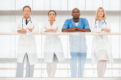 Zeker team van medische deskundigen royalty-vrije stock afbeelding