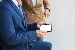 Zekere bedrijfsvrouwenleider, commerciële teamvergadering conferenc royalty-vrije stock afbeeldingen
