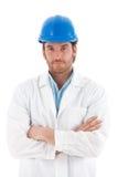 Zekere ingenieur in bouwvakker Royalty-vrije Stock Foto's