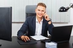 Zekere Zakenman In Office Stock Fotografie