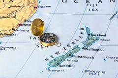 Νέοι χάρτης και πυξίδα Zeland Στοκ εικόνες με δικαίωμα ελεύθερης χρήσης