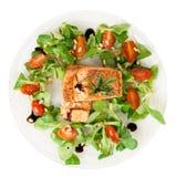 Zeldzame gebraden zalmlapjes vlees die op wit worden geïsoleerd Royalty-vrije Stock Foto