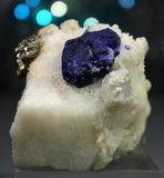 Zeldzame Lazurite met Pyriet op Matrijsspecimen royalty-vrije stock afbeelding
