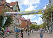 Zelenogradsk,俄罗斯 一场传统自行车比赛加里宁格勒- Zelenogradsk ` A游览de Kranz ` 图库摄影