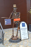 ZELENOGRADSK, RUSSIA. A metal sculpture of a skeleton at an entrance to the Museum of skulls and skeletons Stock Photo