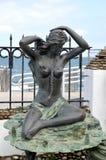 Zelenogradsk Ryssland En ` för skulptur`-sjöjungfru på en promenad Arkivbild