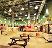 Zelenopark购物中心食物法院在莫斯科 库存图片