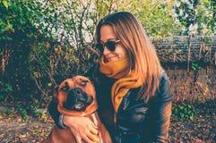 Zelfportret met mijn van een hond royalty-vrije stock afbeeldingen