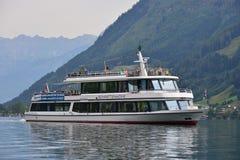 Zell vede la barca turistica Fotografie Stock