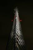 Zellenkontrollturm nachts Lizenzfreie Stockfotografie
