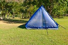 Zelt im Freien für das Kampieren Stockfoto
