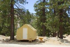 Zelt im Wald Lizenzfreies Stockfoto