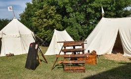 Zelt mit Gestellen für Arquebuses Stockfoto