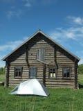 Zelt und Haus Stockbild