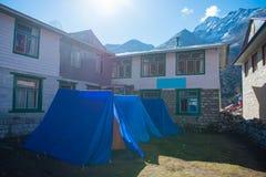 Zelt- und Teehausunterkunft auf niedriges Lager-Trekking Everest lizenzfreie stockfotografie