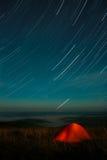 Zelt unter Sternen Lizenzfreie Stockfotos