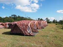 Zeltlager im Freien lizenzfreie stockbilder