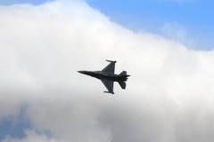 ZELTWEG ÖSTERRIKE - JULI 02, 2011: flygplan LOCKHEED MARTIN F-16 Royaltyfria Bilder