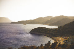 Zement-mischende Seeplattform Kas, die Türkei abend Lizenzfreies Stockfoto