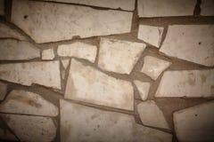 Zement mit Steinen als Hintergrund Stockbilder