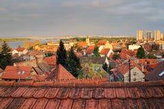 Zemun, Serbien im Sonnenuntergang, Panoramablick Lizenzfreie Stockfotografie