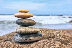 Zen Balancing Pebbles fotos de archivo libres de regalías
