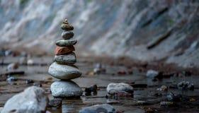 Zen e equilíbrio na natureza imagem de stock
