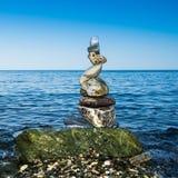 Zen in evenwicht brengende rotsen Royalty-vrije Stock Foto's