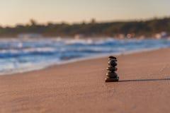 Zen kamienie na plaży Obraz Stock