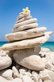 Zen medytacja i równowaga ćwiczymy obrazy stock