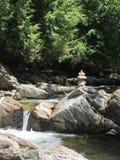 Zen Rocks sulla corrente del Vermont Fotografia Stock Libera da Diritti