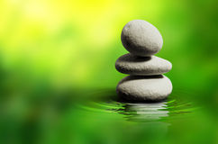 Free Zen White Spa Stones Stock Image - 17988891