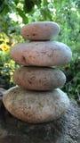 Zenen kopplar av den Spa meditationen arkivfoton