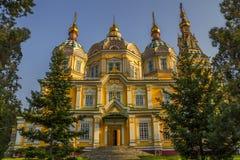 Zenkov大教堂在阿尔玛蒂,哈萨克斯坦 免版税库存照片