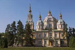 Zenkov大教堂在Panfilov公园,阿尔玛蒂,哈萨克斯坦 免版税库存图片