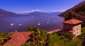 Zenna sjö Maggiore_Ticino, Schweiz Royaltyfri Foto
