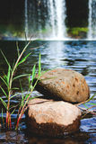 Zenstenar på vatten Arkivbild