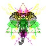 Zentangle传统化了在三角框架的大象与水彩我 库存例证